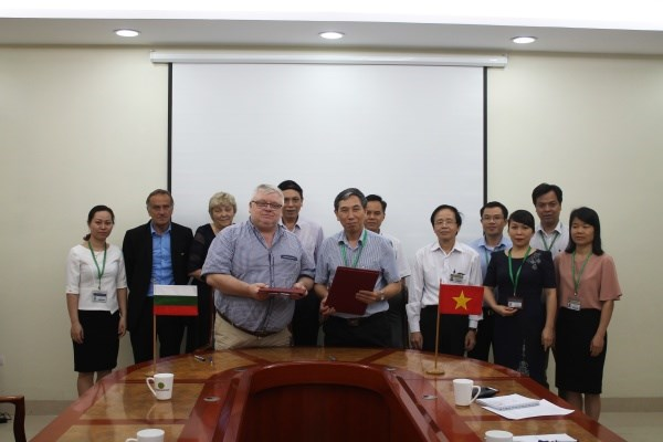 The Memorandum of Understanding between the Bulgarian Agricultural Academy and Vietnam National University of Agriculture signed.