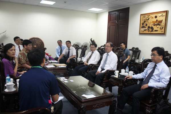 Establish the collaboration with Guangxi province in quality assurance of agricultural products